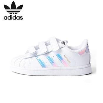 Adidas Superstar Kids Originele kinderen Skateboarden Schoenen Anti-Gladde Sport Sneakers # AQ6280 (Past kleiner dan normaal)