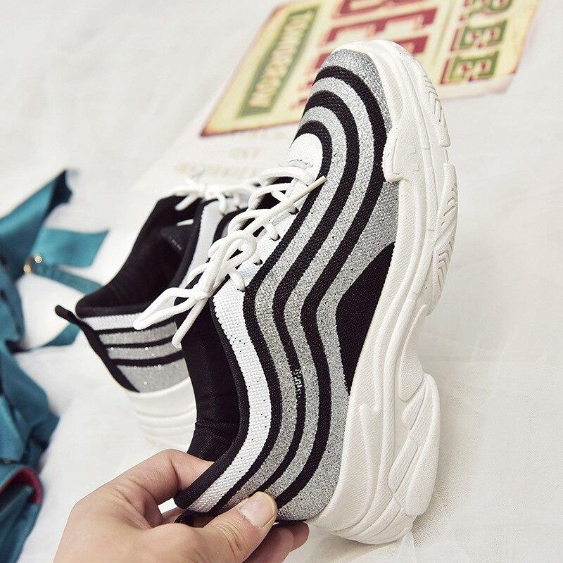 Pour Vulcaniser Lacets Classiques À Nouveauté Femme Profonde Chaussures Plate Noir attaché forme Épaisses Femmes Semelles Peu Croix Sneakers blanc qZqw0X1