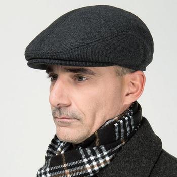 b6dc19515b095 Nuevo invierno de lana hombre gorra de boina sombreros con orejas jpg  350x350 Hombre gorra