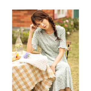 Image 3 - INMAN Summer New Arrival Lace O neck Literary Floral Short Petal Sleeve Women Dress