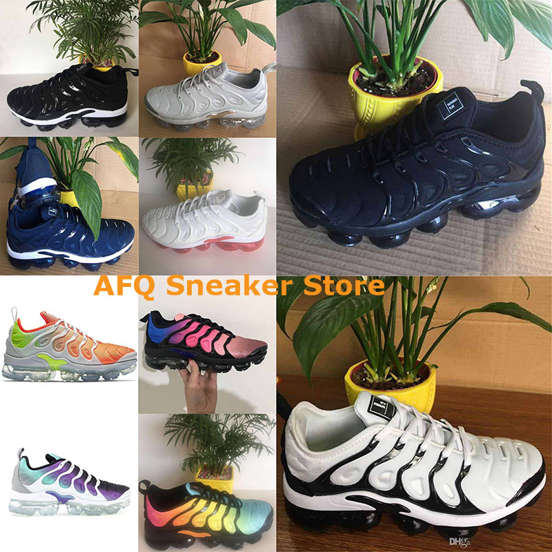 the best attitude dc8bc 94006 New 2018 Vapormax TN Plus Running Shoes Classic Outdoor Run Shoes Black  White Sport Shock Sneakers Men TN shoes