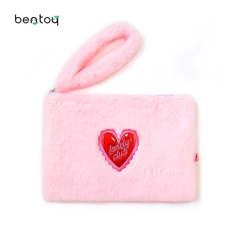 Bentoy Heart Faux Fur Handbags For Women Girls Lipstick Card Phone Make Up Organizer Bag Soft Plush Party Day Clutches Gifts