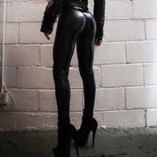 2018 Winter Gothic Women Sexy Black PU Leggings Scrunch Butt Push Up Faux Leather Leggings Matt Finish Slim Latex Pants Skinny