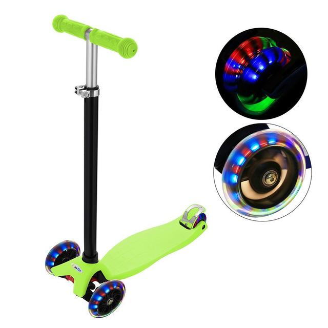 Colorful Flash Roller Kick T Style Scooter