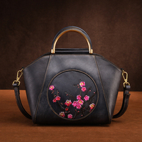 Women Genuine Leather Messenger Shoulder Bags Plum Blossom Pattern Multi Capacity Retro Luxury Cowhide Handbag Female Tote Bags