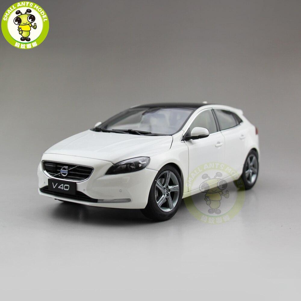 1 18 Volvo V40 Station wagon Hatchback Diecast Model Car Model Toys Kids Boy Girl Gift