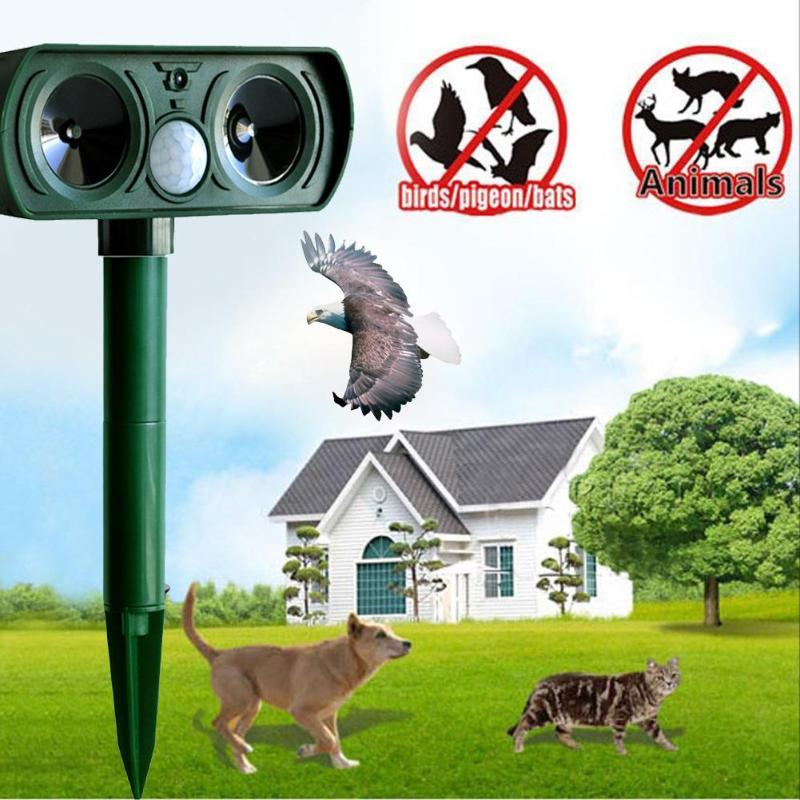 Ultrasonic Animal Chaser Repeller Repellent Cat Dog Fox Deterrent Solar Powered Scarer Repellent for Outdoor Use Garden