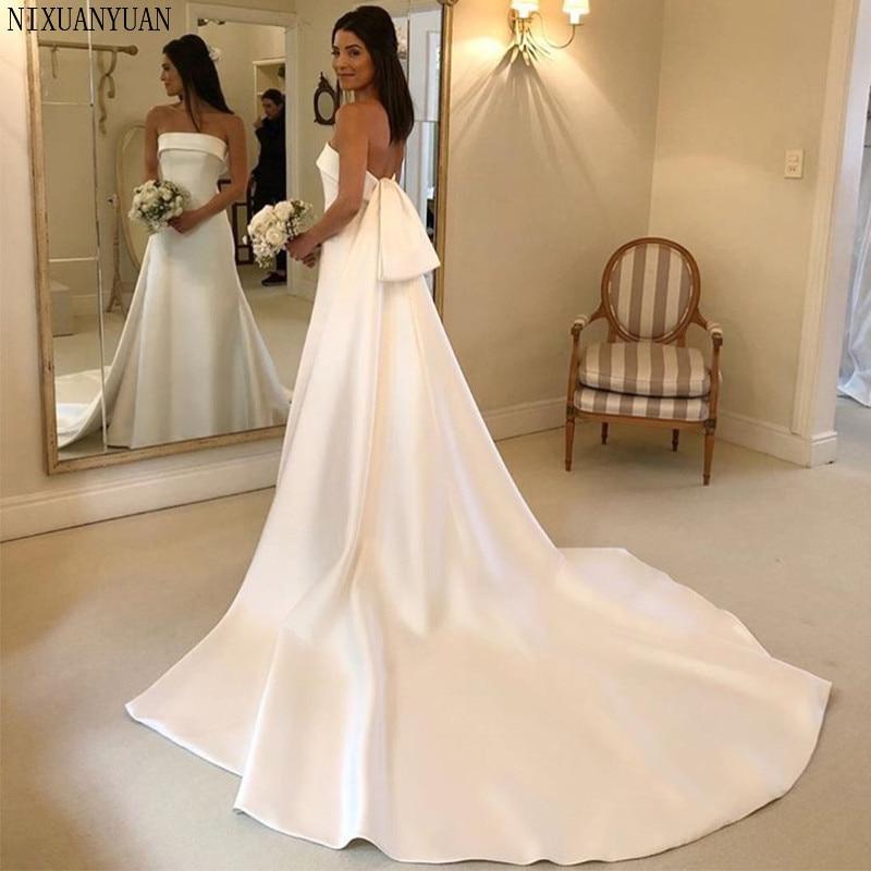 Simple A-line Wedding Dresses Strapless Chapel Train Satin Bridal Gowns Backless Vestido De Noiva Charming Robe De Mariee