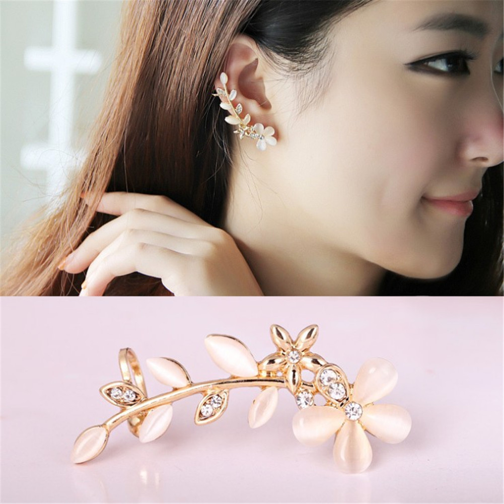 New 1pcs Flower Clip Earrings Shape Rhinestone Left Ear Cuff Clip Ladies Fashion Ear Party Crystal Elegant Golden Earring Clip in Clip Earrings from Jewelry Accessories