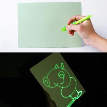 PVC A4 Tekenen met Licht in Duisternis kinderen Schetsblok Speelgoed Lichtgevende Tekentafel