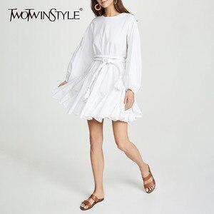 Image 1 - Twotwinstyle branco vestidos femininos o pescoço lanterna manga cintura alta bandagem mini vestidos plissados feminino 2020 moda casual