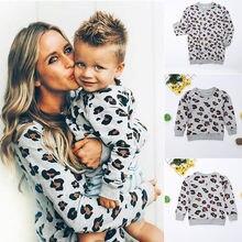 Одинаковые комплекты для семьи для мамы и дочки; модная Осенняя толстовка для мальчиков и девочек; топы; пуловер с леопардовым принтом; топы