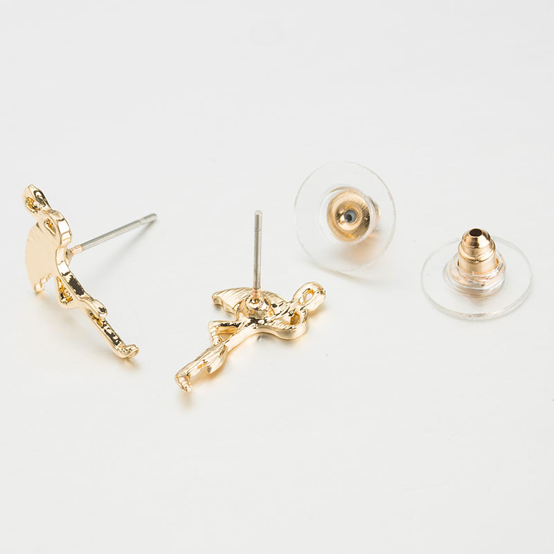 Fashion Flamingo Zinc Alloy Gold Color Silver Animal Cushion Trendy Stud Earrings for Women Wedding Jewelry in Stud Earrings from Jewelry Accessories