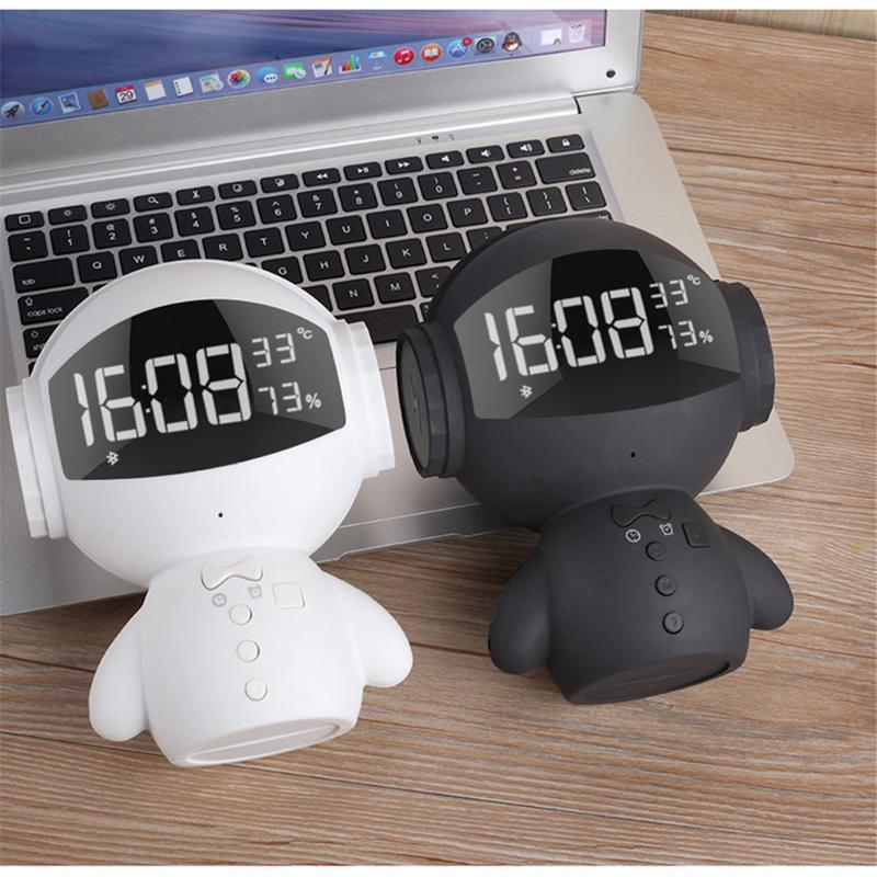 Nouvelle Horloge Bluetooth Mini enceinte portable Mignon De Mode Robot II Multi-fonctionnelle batterie externe Mini Microphone Carte D'insertion Haut-Parleur