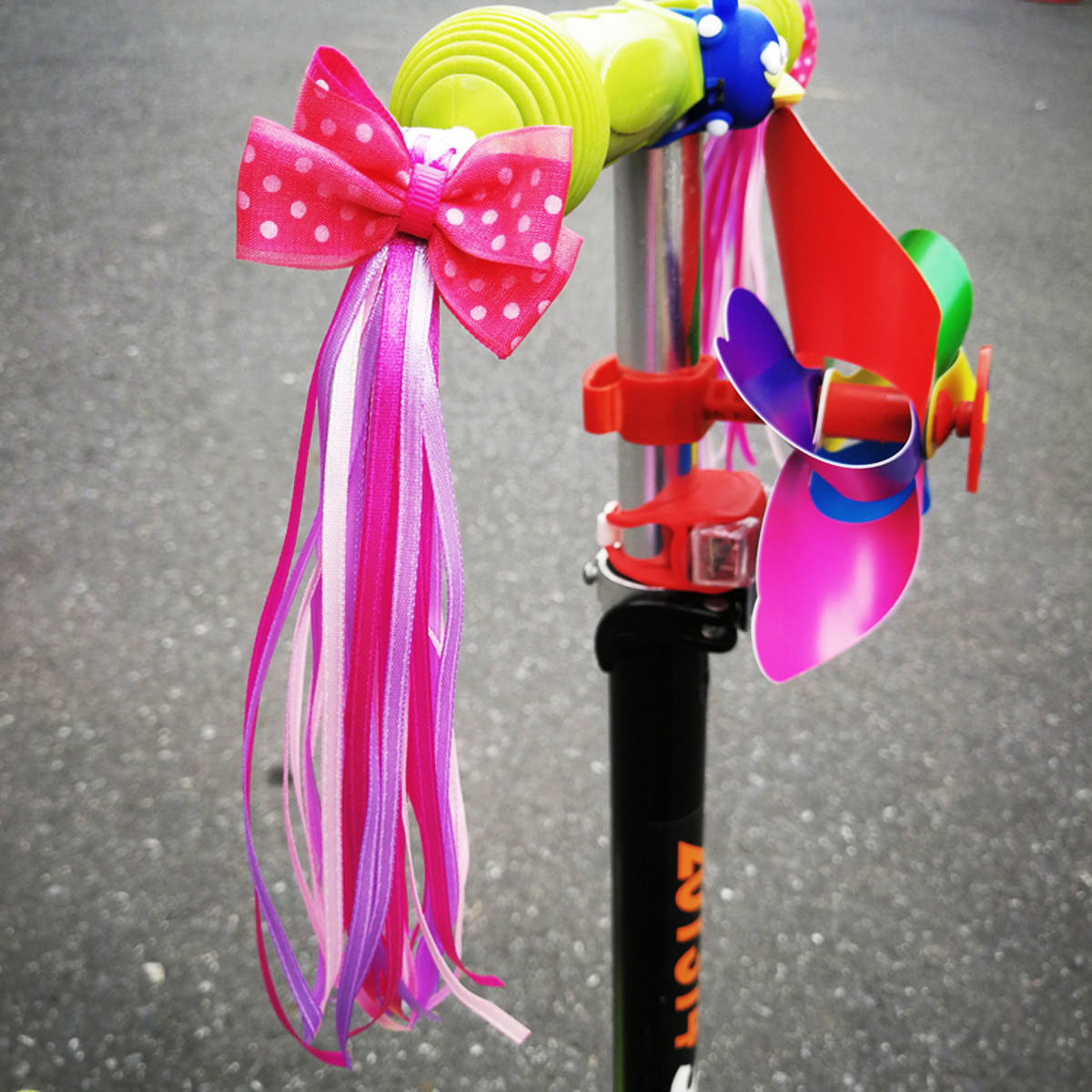 2Pcs Bicycle Scooter Front Handlebar Tassel Ribbon Decoration for Girls MINI-FACTORY Kids Bike Streamers Pink Pearl Star Flowers