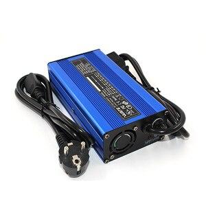 Image 2 - 12.6 V 10A מטען 12 V ליתיום סוללה חכם מטען משמש עבור 3 S 12 V ליתיום סוללה קלט 110 V & 260 V אלומיניום פגז