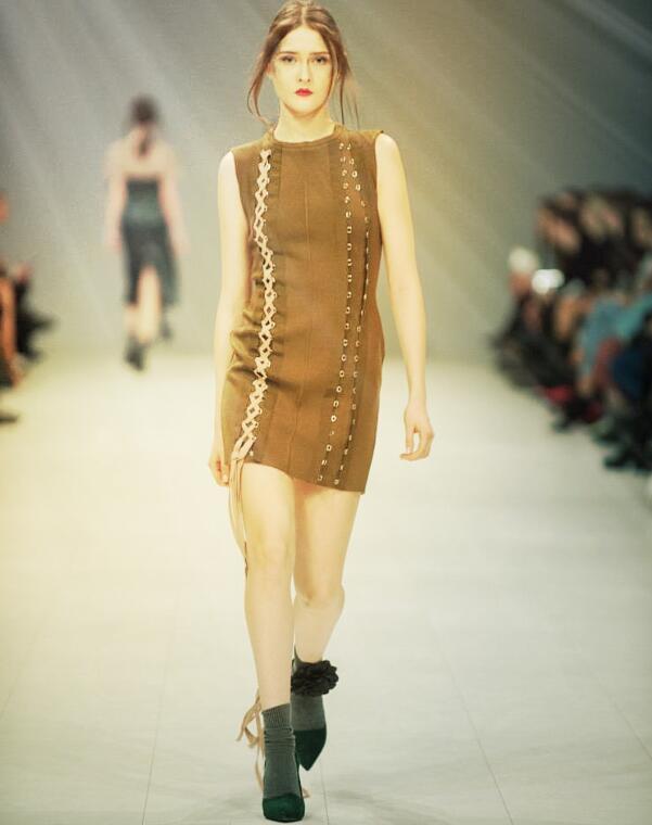 Top qualité marron sans manches élégant tissage rayonne Bandage robe nuit Club robe de soirée