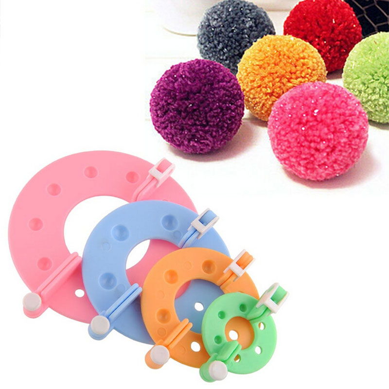 Kinitting Accessories 4Pcs/Set Portable DIY Needle Crafts Knitting Loom Kit 4 Size PomPom Maker  Fluff Ball Weave Tools Plastic