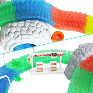 Image 4 - 5.5cm רכב עבור ילד DIY אוניברסלי אביזרי קסום מסלול מצחיק גמיש מסלול זוהר מסלול זוהר בחושך צעצועים לילדים