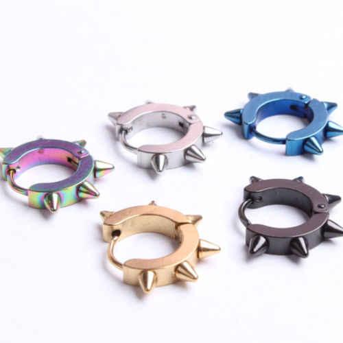 1 pc 新ファッションチタン鋼パンクリベット耳スタッドスパイクフープサークル Huggie ピアスのためのクールスタッドピアス