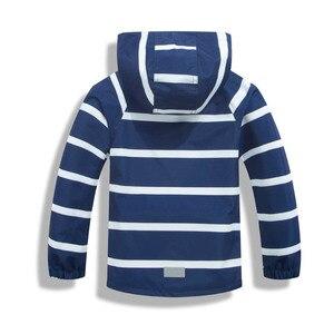 Image 2 - Çocuk su geçirmez ceketler dış giyim spor ceket rüzgar geçirmez Polar Polar sıcak tutan kaban sonbahar çocuk ceket çocuklar kapşonlu rüzgarlık