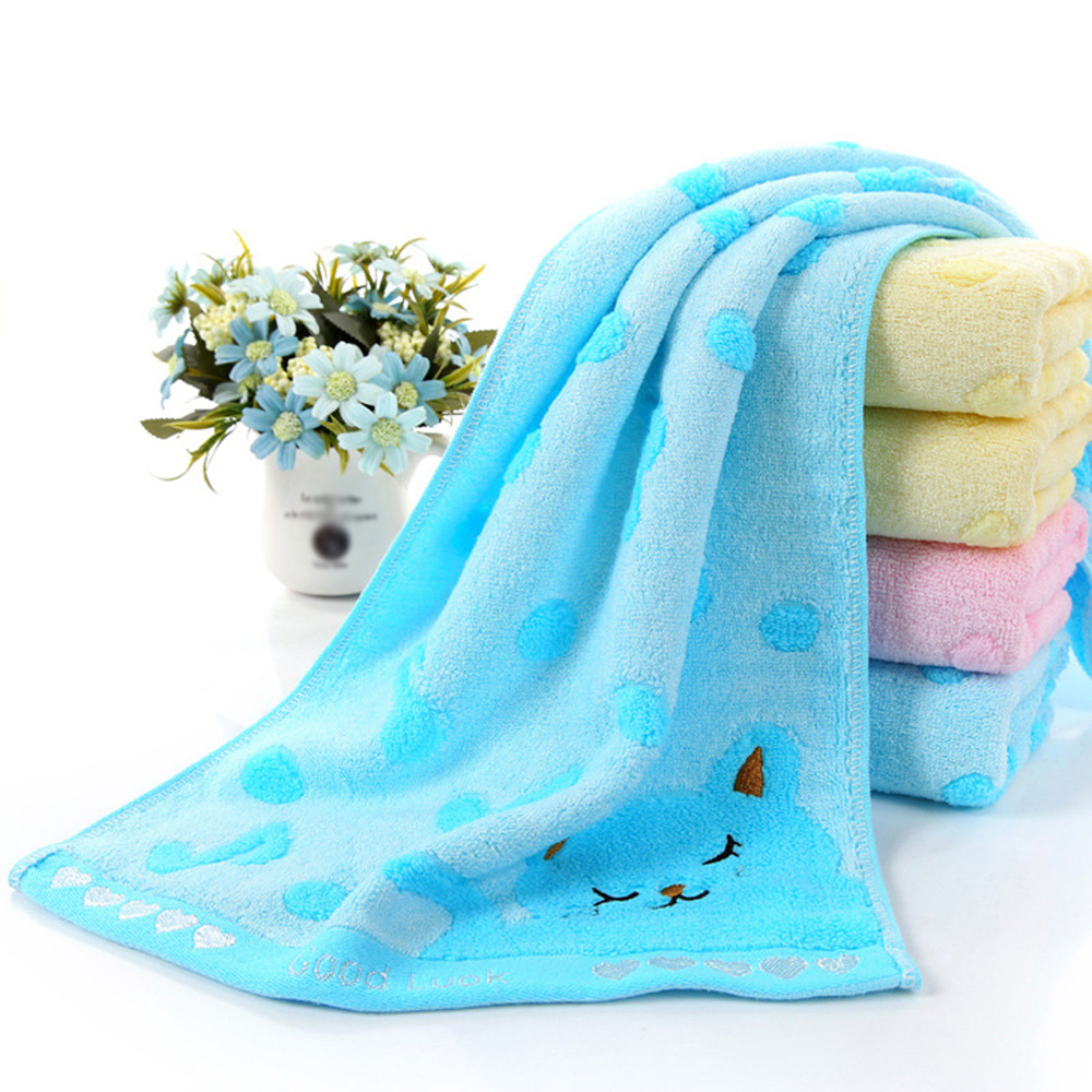 1 * Baby Towel Soft Cotton Baby Infant Newborn Bath Towel Washcloth Feeding Wipe Cloth Healthy 50*28cm Random Color