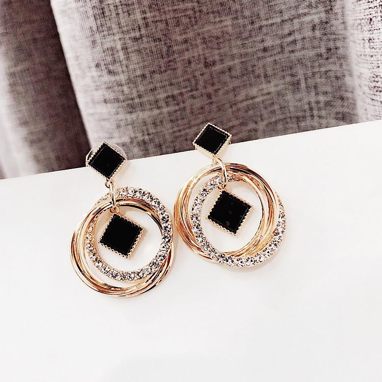 1b5aaa6714 Classic Acrylic Women Stud Earrings Personality Circle Earrings ...