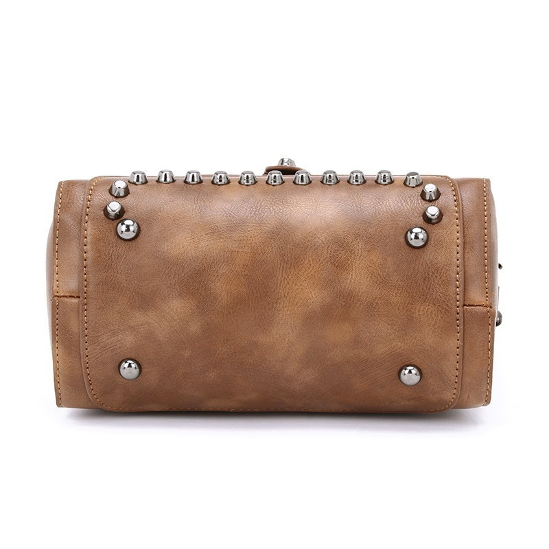 Famous Brand Rivet Small Shoulder Bag 8