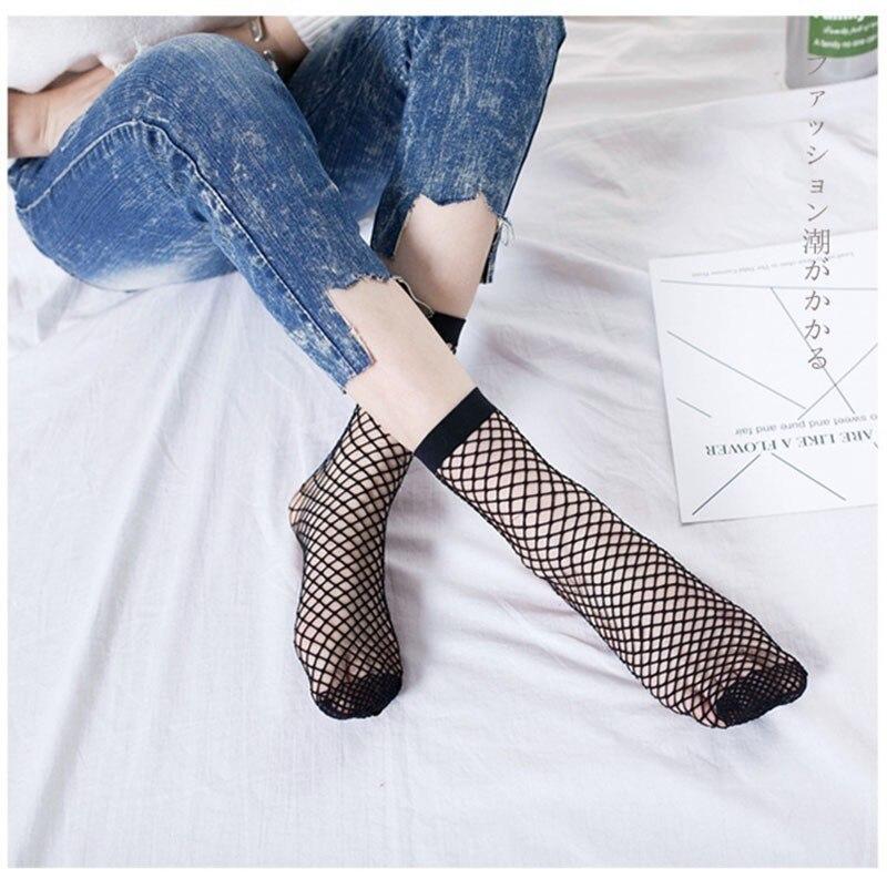 Woman Harajuku Streetwear Fishnet Kabaretki Ankle Socks Summer 2019 Mesh Fashion Socks Fishnet Short Socks Nylons Lady Kawaii