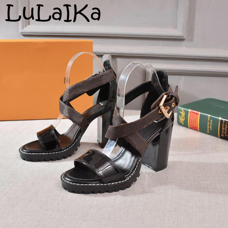 2019 Summer New Solid Color Woman High Heels Fashion Brand Brown Lace-Up Thick Heel Shoes Sexy Buckle Lady Wedding Party Sandals2019 Summer New Solid Color Woman High Heels Fashion Brand Brown Lace-Up Thick Heel Shoes Sexy Buckle Lady Wedding Party Sandals