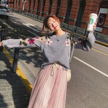 2018 New Pearl Winter Sweaters Woman Vintage Flower embroidery loose pullover sweater female jumper Laipelar sweaters modis m182w00296 jumper sweater clothes apparel pullover for female for woman tmallfs