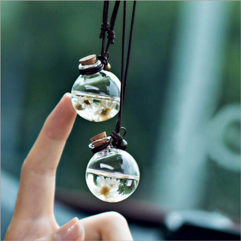 Car Hanging Perfume Pendant Fragrance Air Freshener Empty Glass Bottle For Essential Oils Diffuser Automobiles Ornaments