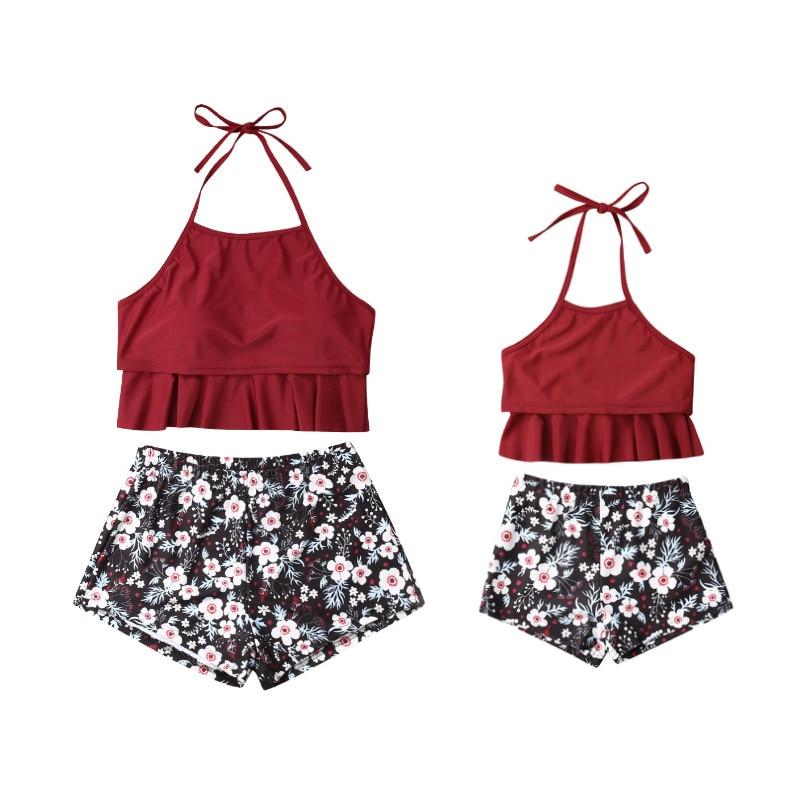 2019 Estate Madre Figlia Bikini Set Ruffles Halter Magliette E Camicette Floreale Shorts Famiglia Corrispondenza Dei Costumi Da Bagno Delle Donne Del Costume Da Bagno Costume Da Bagno