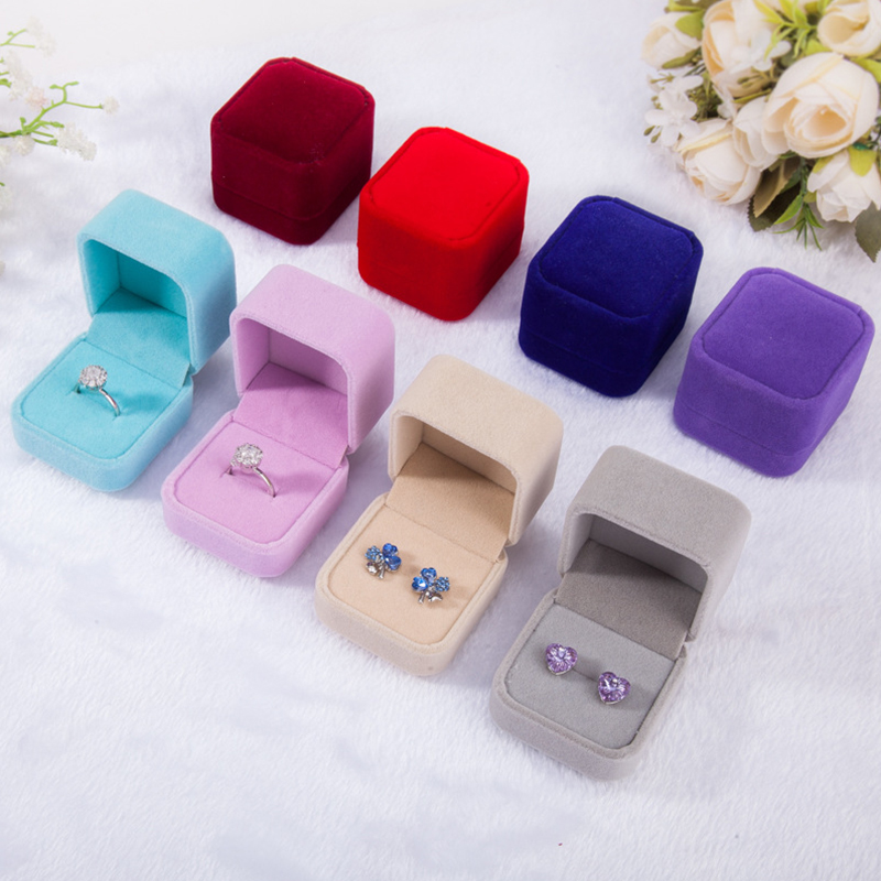 Hot 1PC Gift Square Velvet Boxes Display Case Weddings Party Jewelry Box For Ring Earrings Black Red