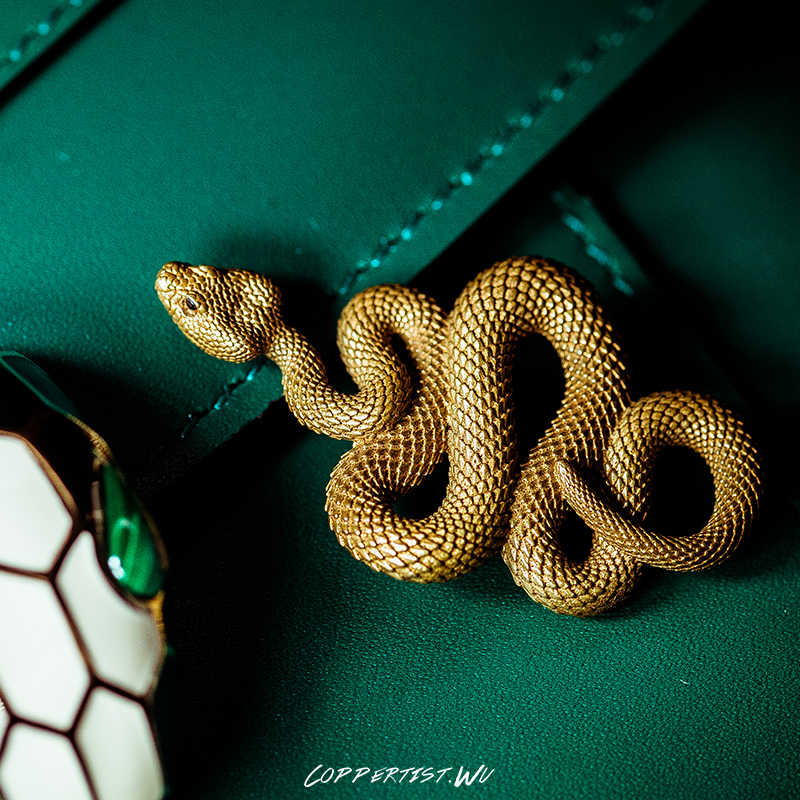 Coppertist. wu latão De Metal Cobra Forma artesanal Chaveiro chave anel chave da cadeia de moda animais Bolsa Pingente