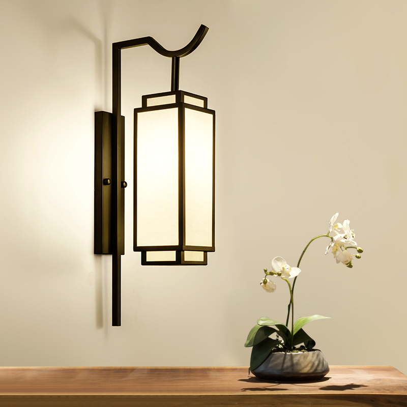 Vintage Wall Mount Chinese Lamps Chinese Lights Iron Sconce Black Bedside Wall Lamp E27 Socket Living Room Bedroom LuminaireVintage Wall Mount Chinese Lamps Chinese Lights Iron Sconce Black Bedside Wall Lamp E27 Socket Living Room Bedroom Luminaire