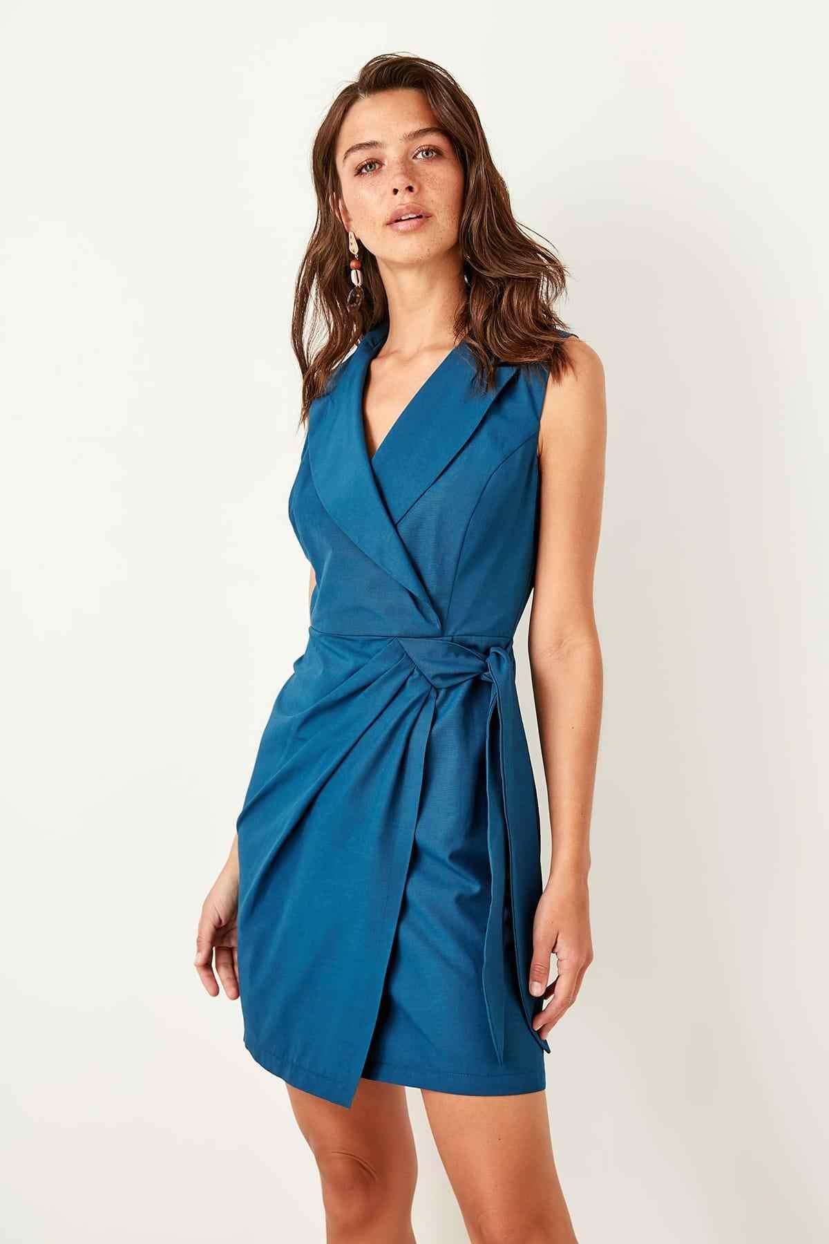 Trendyol платье цвета индиго со шнуровкой TWOSS19AA0029