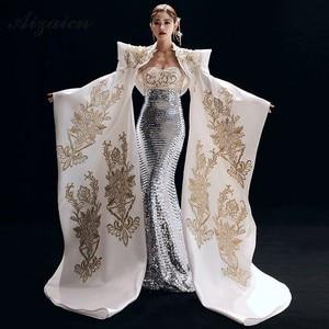 Image 5 - Nuovo Ricamo Cheongsam Lungo Da Sera Vestiti Da Partito Per Le Donne Abbigliamento Tradizionale Cinese Qipao Blu Reale di Lusso Sfilata di Moda