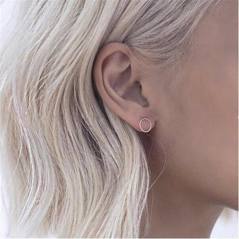 2019 latest design brand very fine new pattern small circle earrings simple earrings for women.