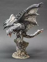 CAPCOM Monster Hunter серии серебро Огненный Дракон ПВХ модель ручной игрушечные лошадки игрушки унисекс для детей Бесплатная доставка