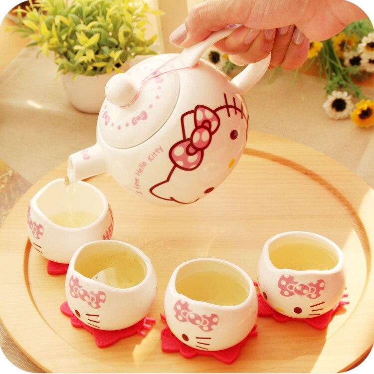 hello kitty Jindezhen Cartoon Ceramics Ceramic Tea Pot Exceed Adorable Lovely Cat Porcelain Teapot Set Samovar 5pcs