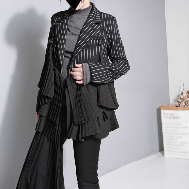SHENGPALAE 2019 新冬の人格ジャケット黒 Srtiped パッチワーク溶岩フリルヴィンテージファッション女性の不規則なコート JO278