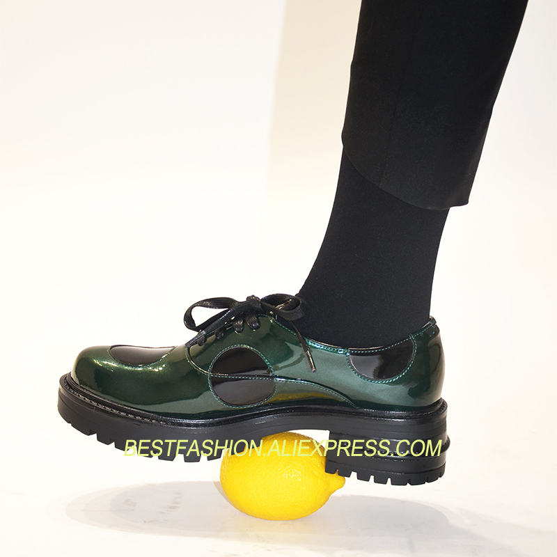 Hot Spring Autumn Shoes Woman Casual Flats Lace Up Round Toe Oxfords Chic Patent Leather Green Design Woman Cozy Flats TideHot Spring Autumn Shoes Woman Casual Flats Lace Up Round Toe Oxfords Chic Patent Leather Green Design Woman Cozy Flats Tide