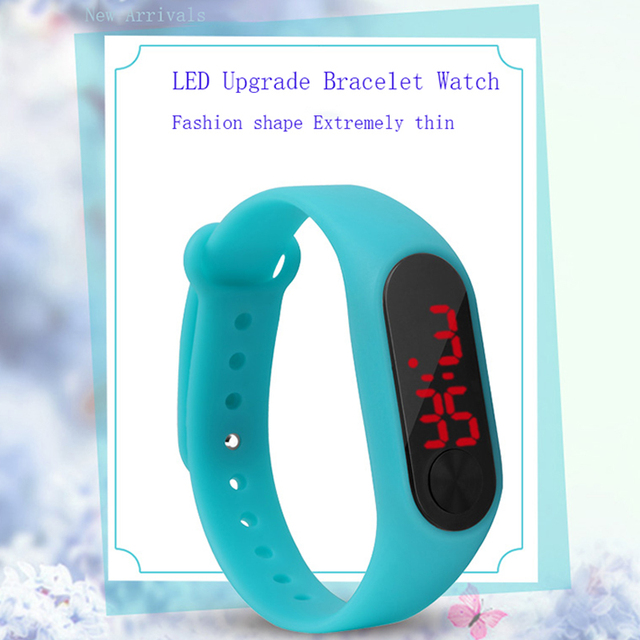 New Fashion Children's Watches LED Digital Display Bracelet Watch Students Silic