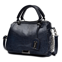 цена на Famous Brand Oil Wax Leather Rivet Boston Crossbody Bags For Women 2019 Tote Shouler Bag Luxury Handbags Women Designer Clutch