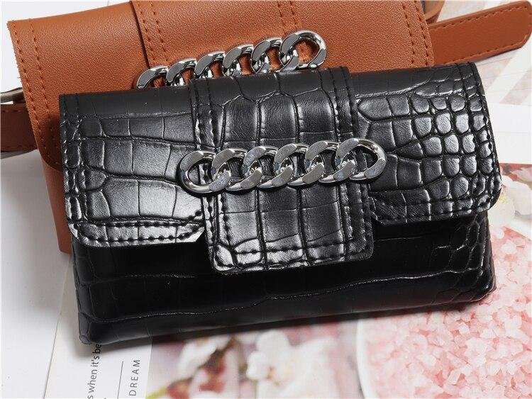 Women's Waist Bag Serpentine Alligator Belt Bag Pocket Money Banana Female Chain Leather Waist Bag 2019 Mobile Chest Bag Belly