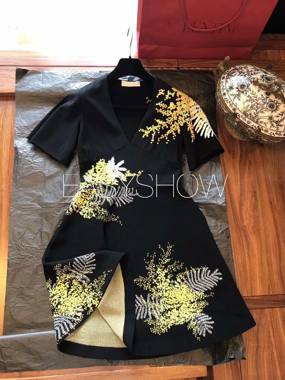 Diferente contraste de calidad 001 mejor calidad V plomo auto cultivo bordado Vestido de punto-in Vestidos from Ropa de mujer    1