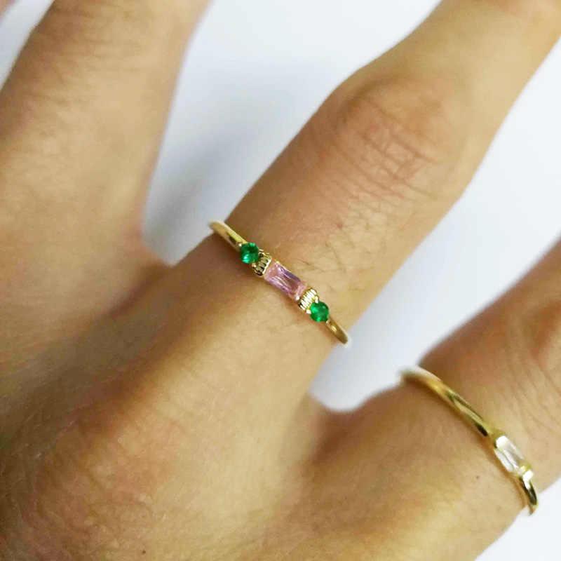 4 ชิ้นแฟชั่นคริสตัลแหวนหมั้นแหวนชุดผู้หญิง Zircon Party สุภาพสตรีทองสีชุด