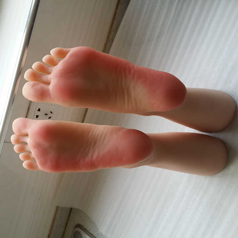 Sell foot fetish photos was