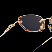 Leesbril Royal Deluxe Luxury Rhinestone Gradient Reading Glasses Women Diamond Cutting Rimless Golden Readers Presbyopic Eye